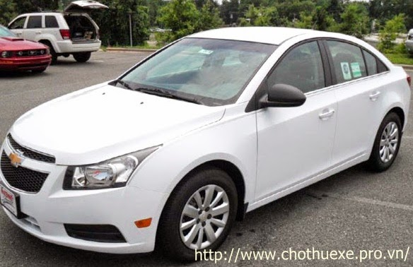 Cho thuê xe cưới giá rẻ Chevrolet Cruze