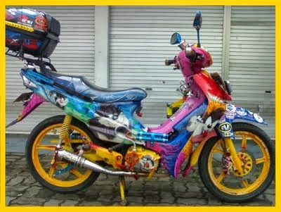 Modifikasi Motor Suzuki Smash Touring