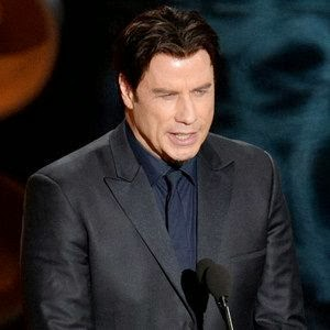 Actor John Travolta mispronounced Idina Menzel s name onstage during the Oscars
