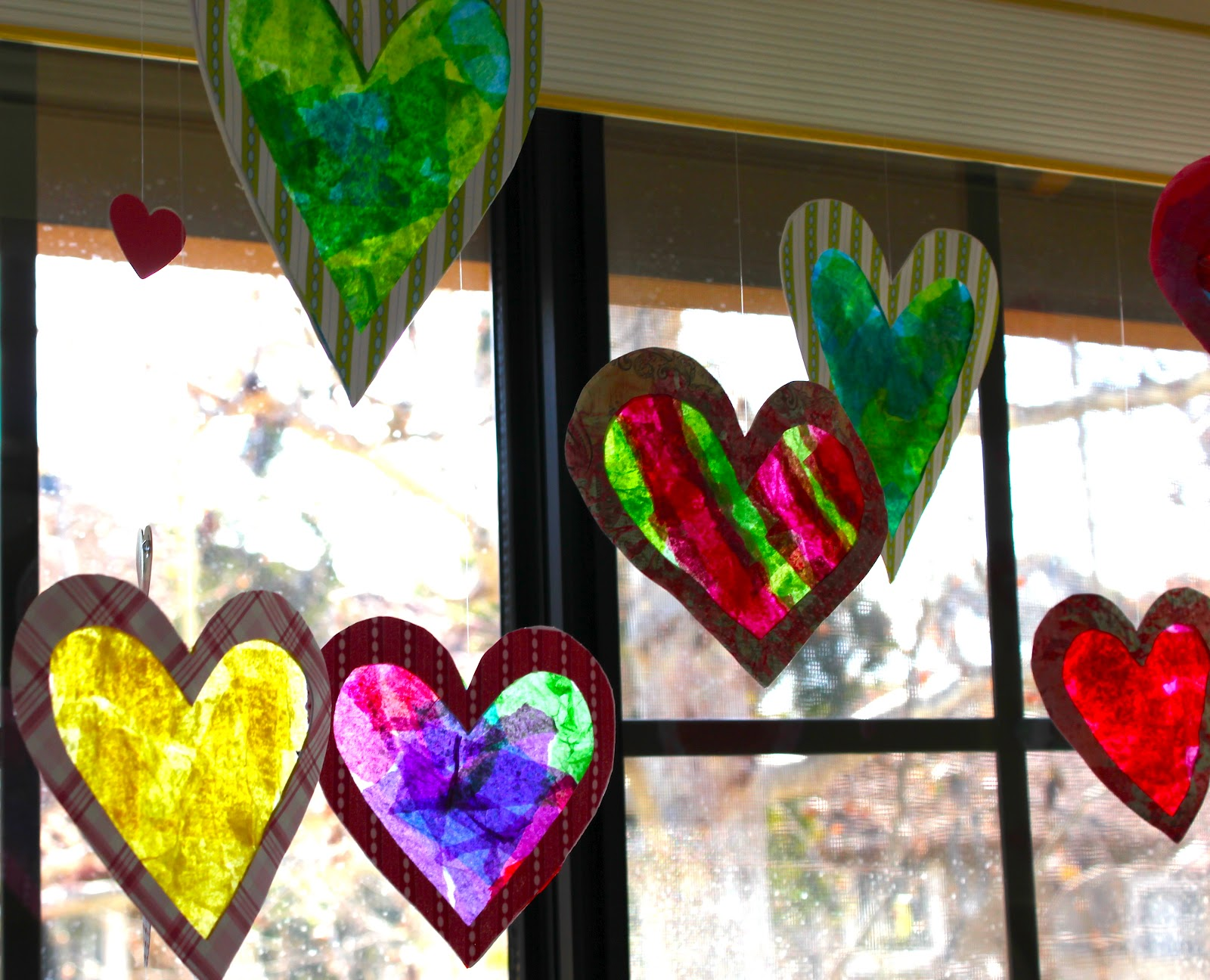 Smart bottom enterprises stained glass window hearts for Stained glass window craft with tissue paper