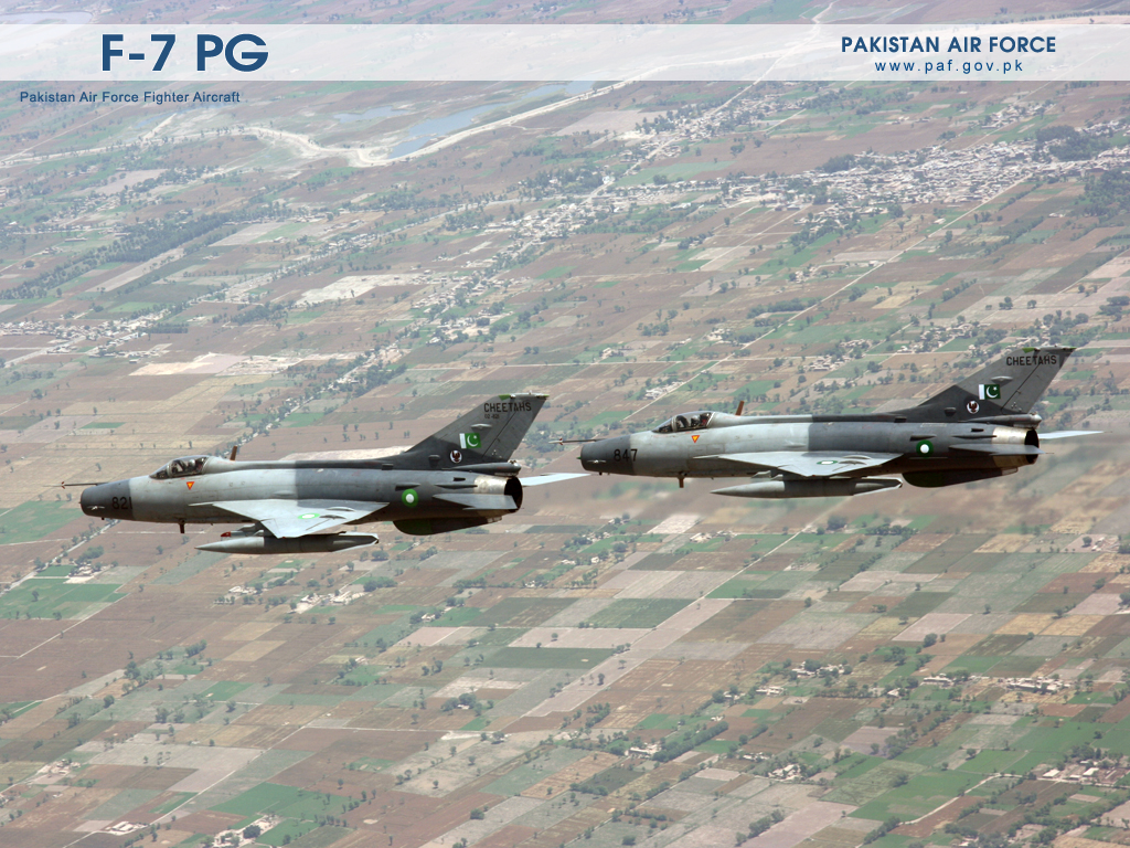 Pakistan Air Force F7-PG Aircraft Formation Wallpaper