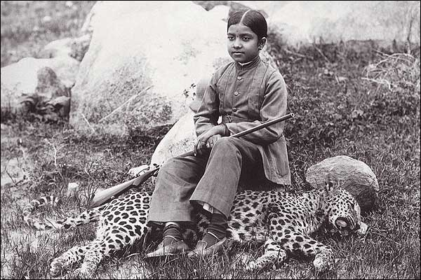 Daughter of Maharaja Shot a Cheetah