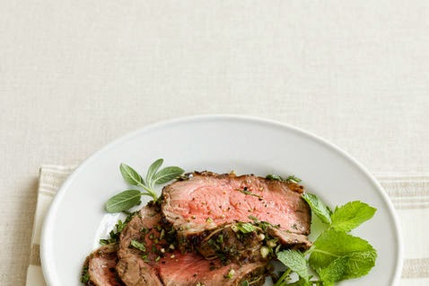 pesto genovese roast beef in crosta d 39 erbe. Black Bedroom Furniture Sets. Home Design Ideas