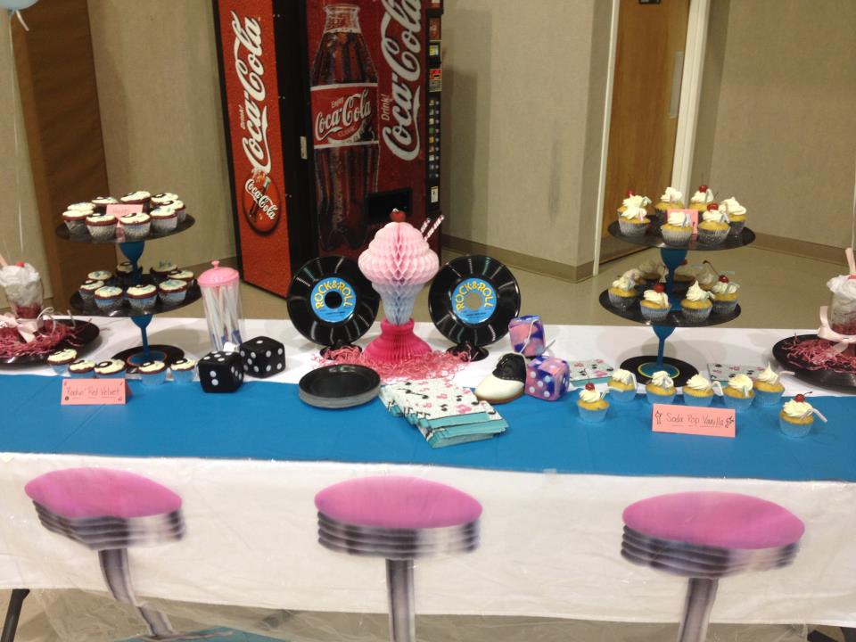 50 39 s party for 1950s party decoration ideas