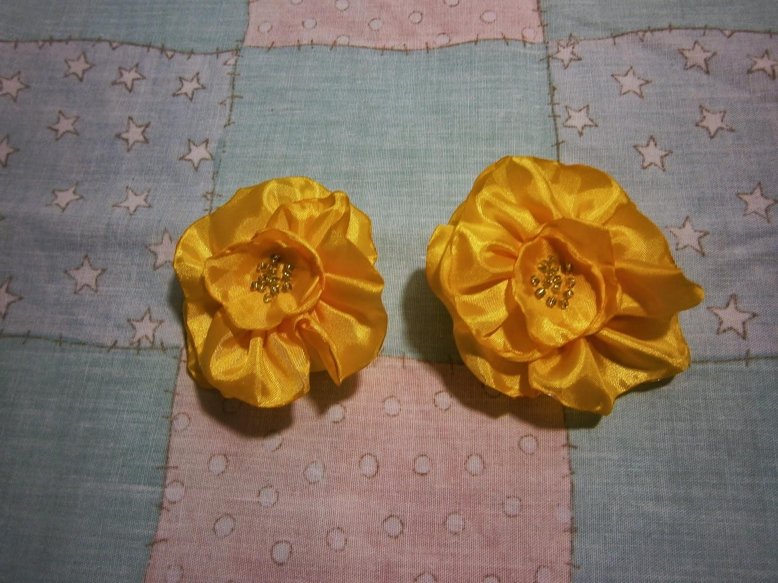 цветочки для девочки ,бантики, резиночки.