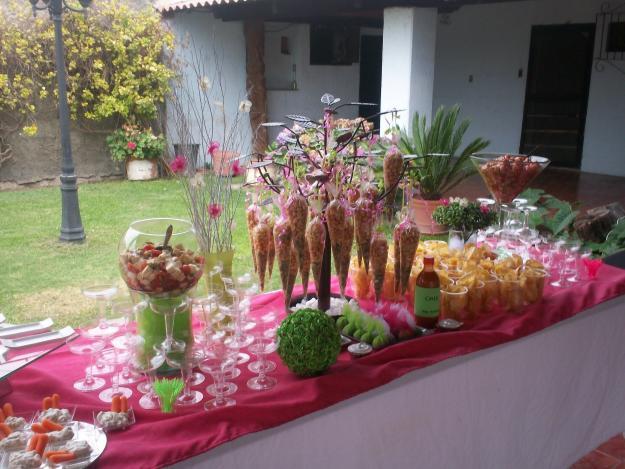 Mesa snacks para fiesta infantil imagui for Mesas de dulces infantiles