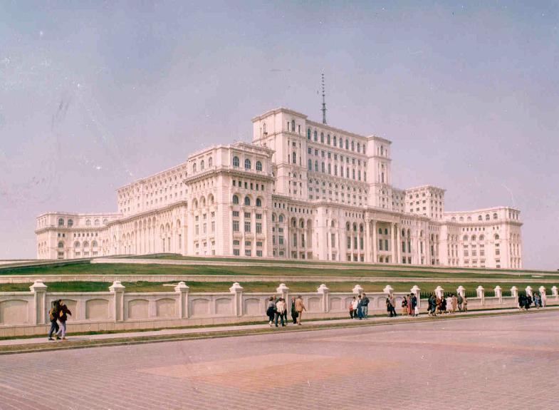 Bucharest.Parliament.Romania.jpg