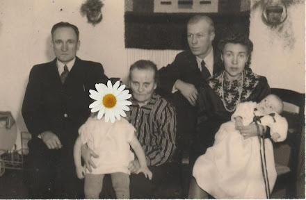 Meidän perhe v. 1945