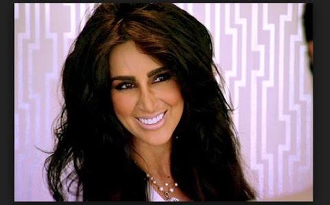 Lilly Ghalichi Bio