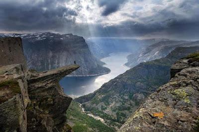 Keindahan Alam di Pergunungan