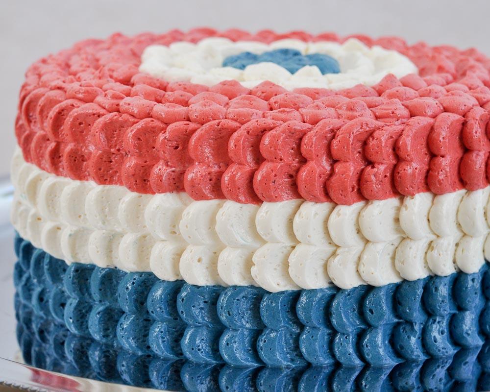 Beki Cook's Cake Blog: Red, White and Blue Cake - [Banana Split Cake]