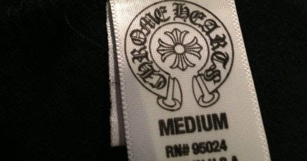Gothicbuzz Stars With Gothic Fashion Sense The Chrome Hearts Way How To Identify A Fake Chrome Hearts T Shirt By Its Tag