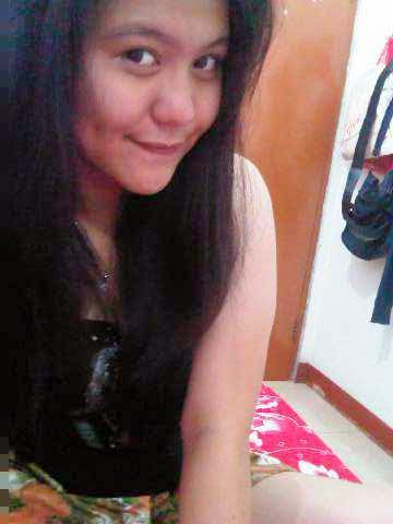 Selfie Manja melayu bogel.com