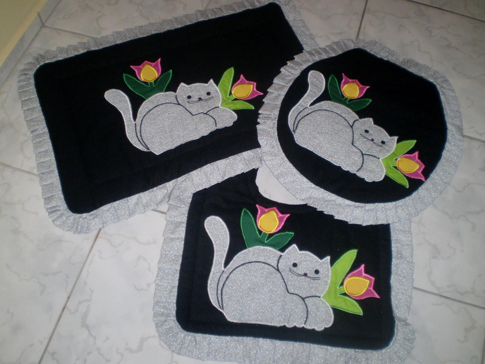 de ouro artesanato e aviamentos by Vó Bia: Jogo de banheiro gatos #9E802D 1600 1200