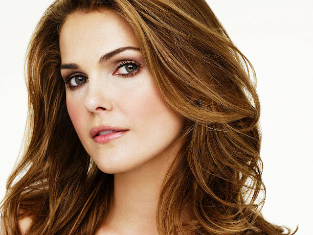 Keri Russell Biography and Photos