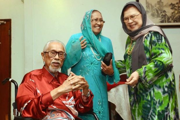 Datuk Jamil Sulong Koma Terkena Serangan Strok