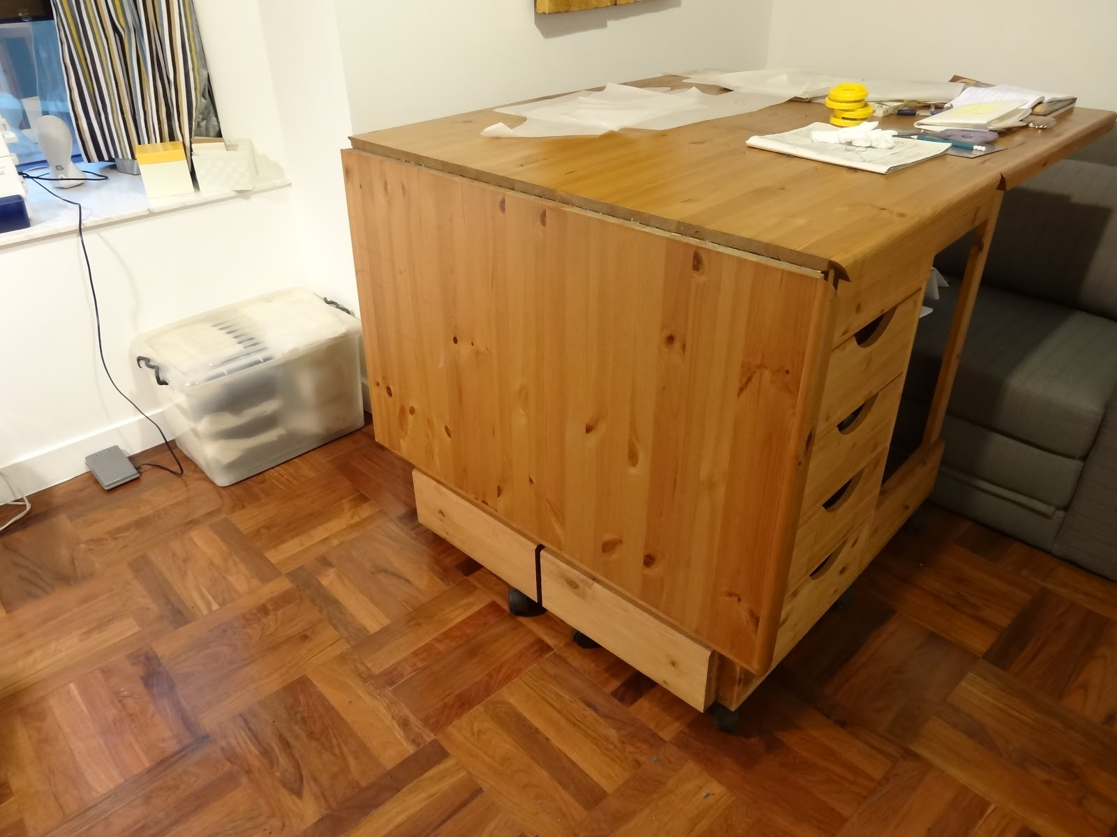 Folding Sewing Cutting Table With