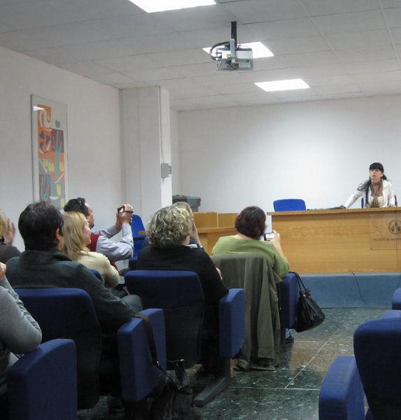 Juanvi Santa Isabel fent de reporter de la Margalida Capellà a València 2012