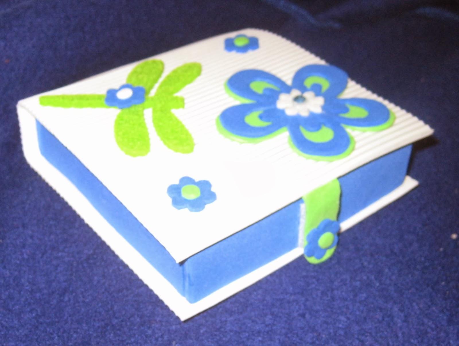 Mis creaciones fofuchas cajita en goma eva - Lamparas con goma eva ...