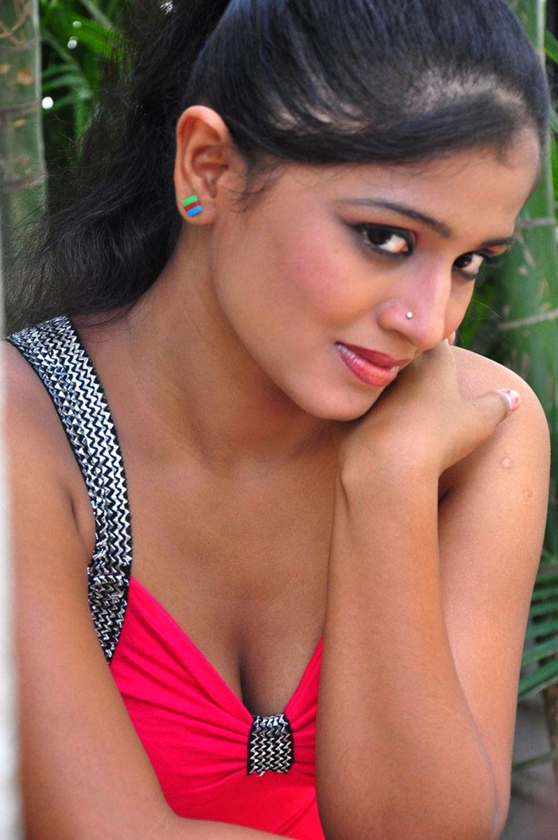 hot sexy exotic Gandikotalo heroine anusri hot photoshoot stills