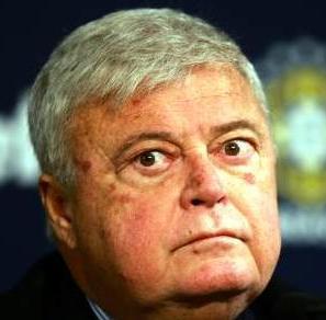 Ricardo Teixeira renuncia à CBF