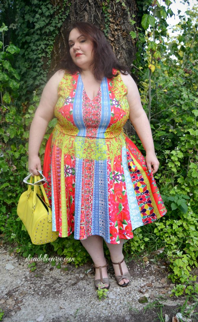 outfit plus size divadellecurve con abito a stampe etniche multicolore