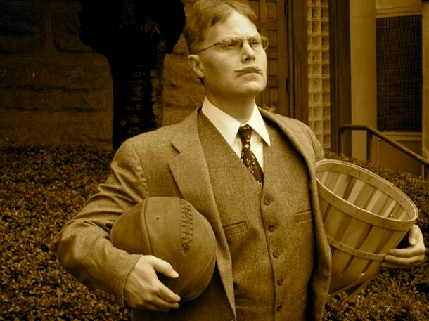 Biodata Profil James Naismith Penemu Olah Raga Bola Basket