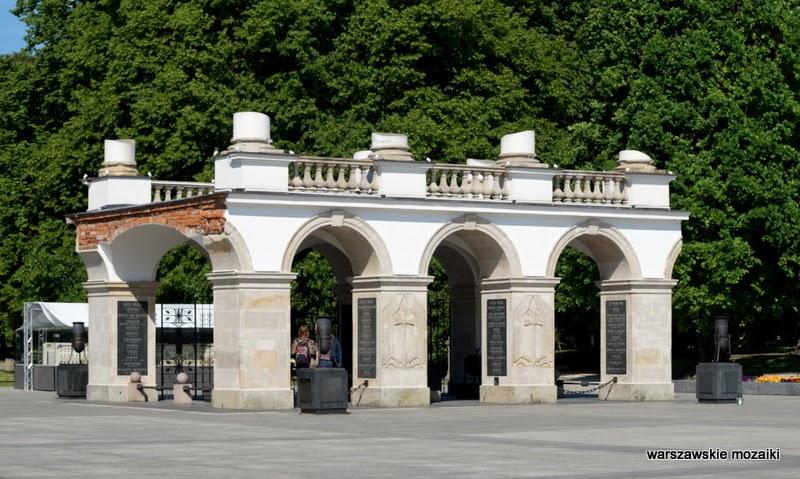Warszawa pomnik warszawskie mozaiki Plac Piłsudskiego