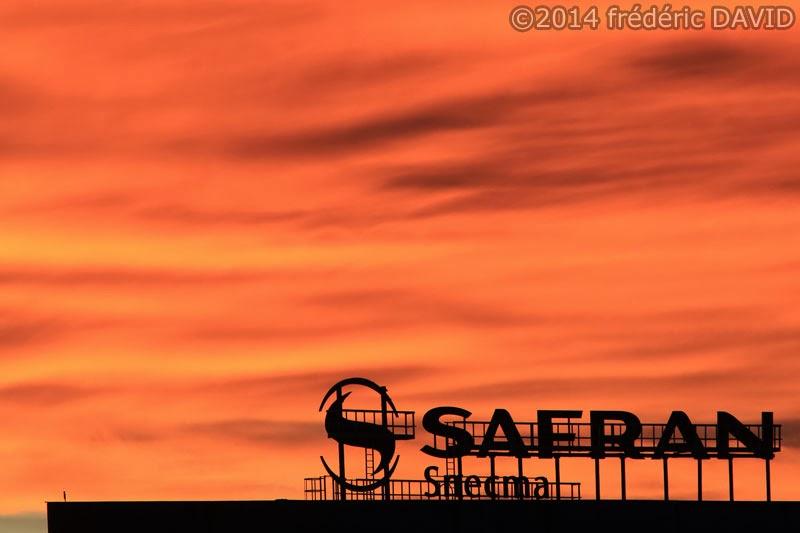 silhouette ciel coucher soleil feu Seine-et-Marne
