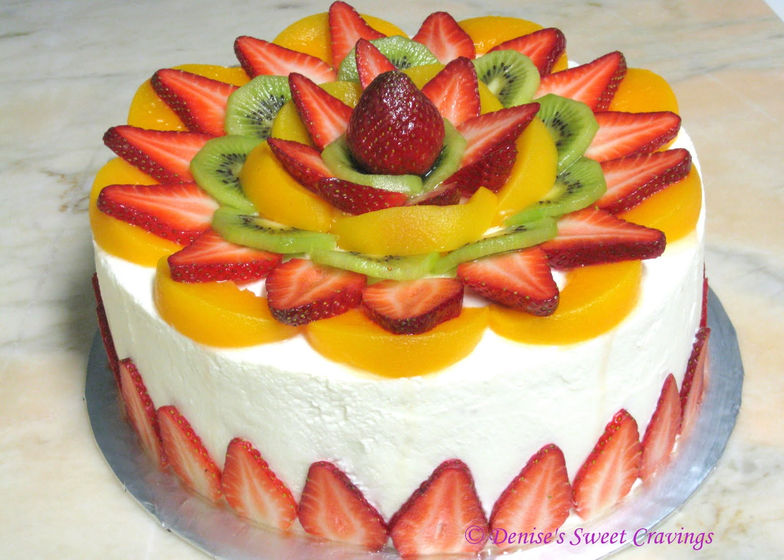 Cake With Fruit Topping : HOW s Baking: Vanilla Chiffon with Fresh Fruits Topping