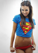 Labels: hot girls, Wolverine Nation Posted by Thunder at 10:00 PM supergirl