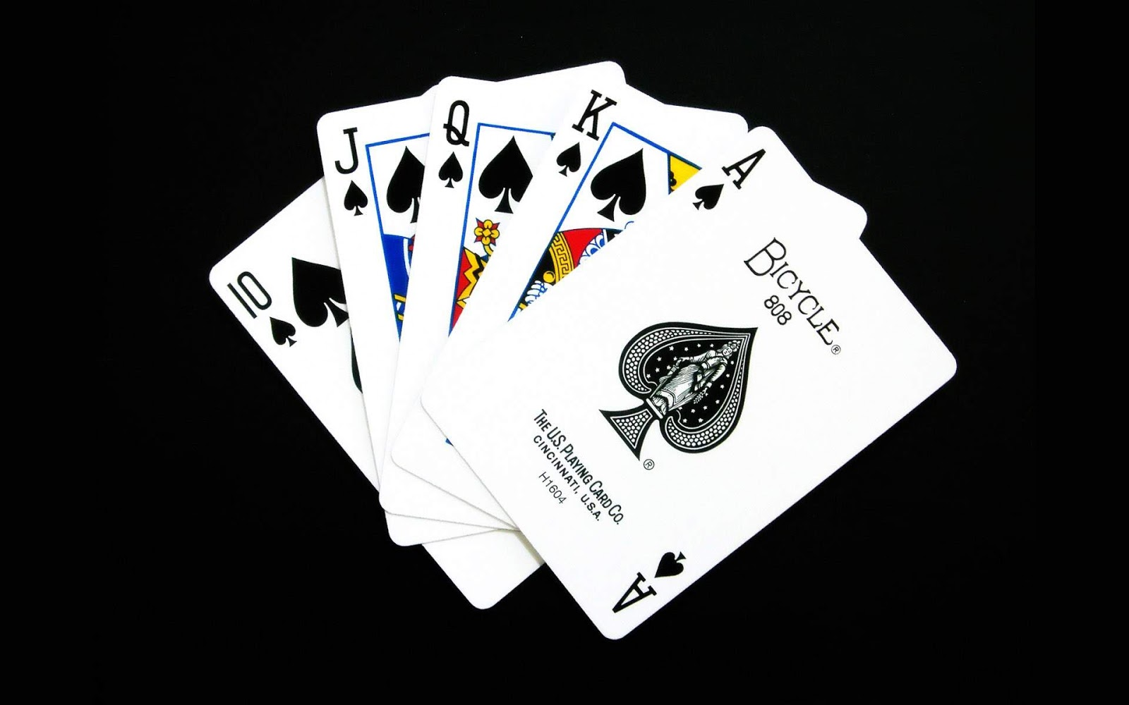 http://4.bp.blogspot.com/-9HHzZcJY828/UI6j1VH8rUI/AAAAAAAABFQ/ta2PmH4bIHA/s1600/Game-cards-on-black-background-black-and-white-wallpaper-hd-widescreen.jpg