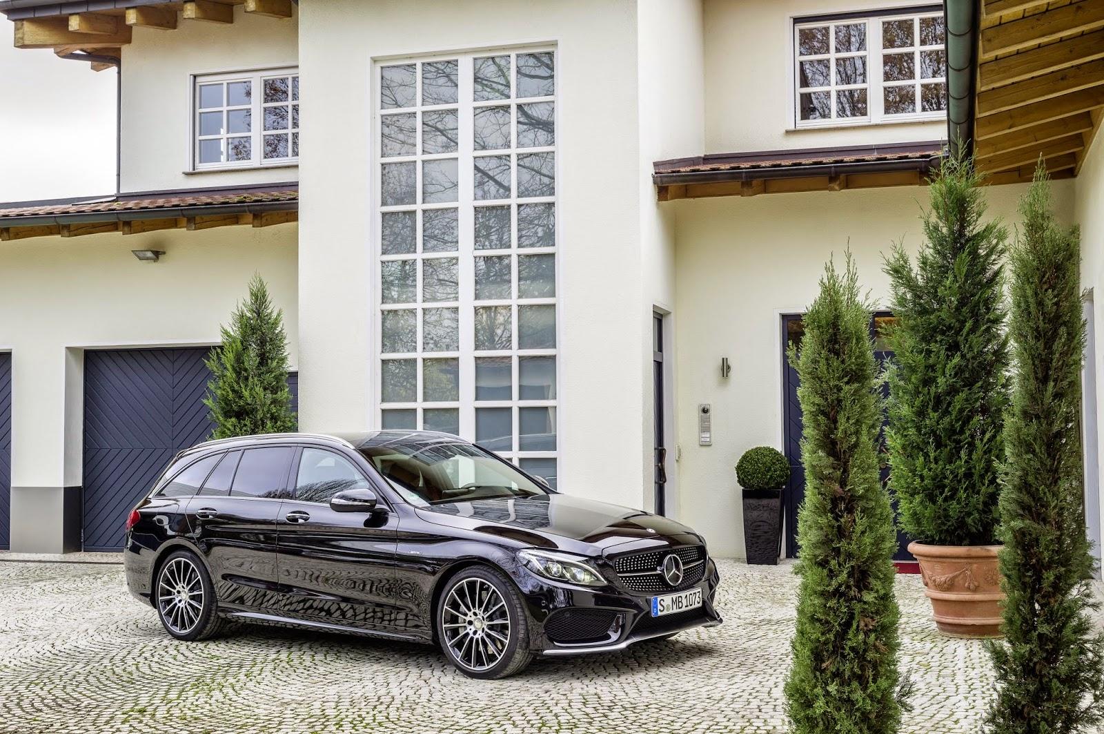 Mercedes Benz C450 AMG stationary