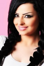حياة المغنية الأردنية ديانا كرزون Diana Karazon