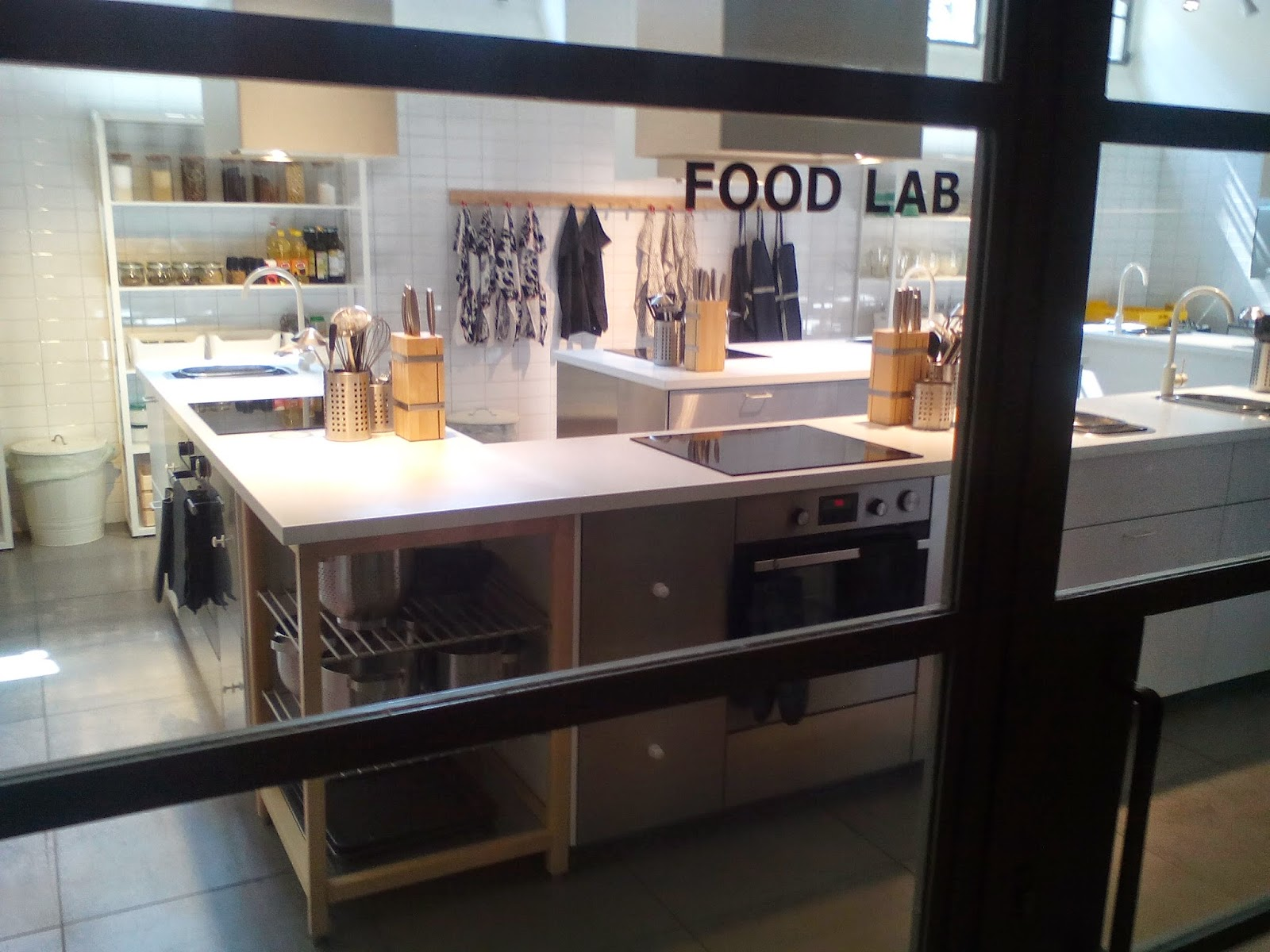 Pianetacibo: La Cucina (Ikea?) è La Stanza Più Bella Della Casa #846C47 1600 1200 Disegnare Cucina Ikea