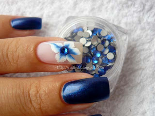 Dark blue crystal rhinestones from Born Pretty Store