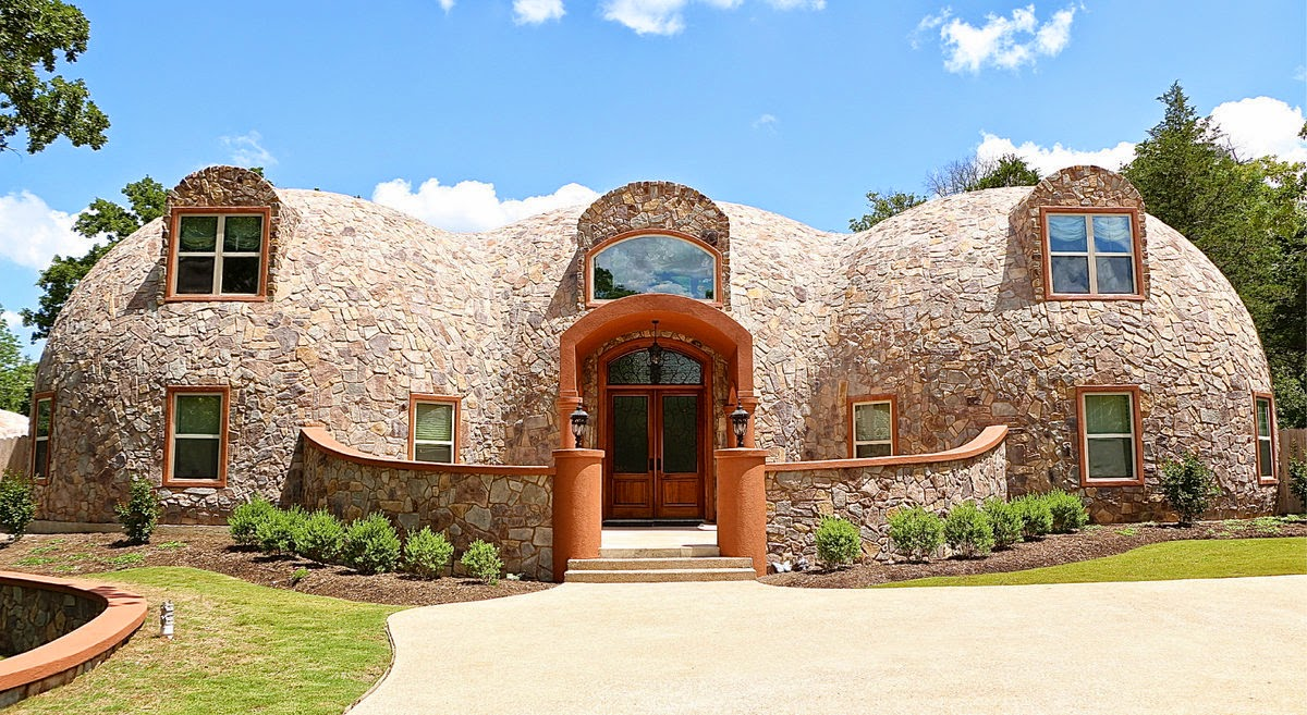 This is one gorgeous monolithic dome home an engineer 39 s for Concrete house texas