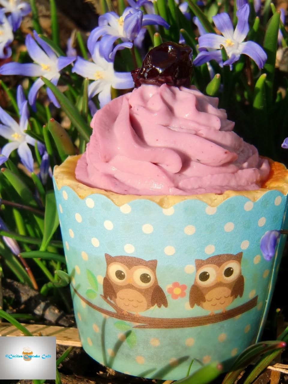 http://cecilecupcakecafe.blogspot.de/2014/03/lemon-cheesecake-cupcakes-mit-schwarzem.html