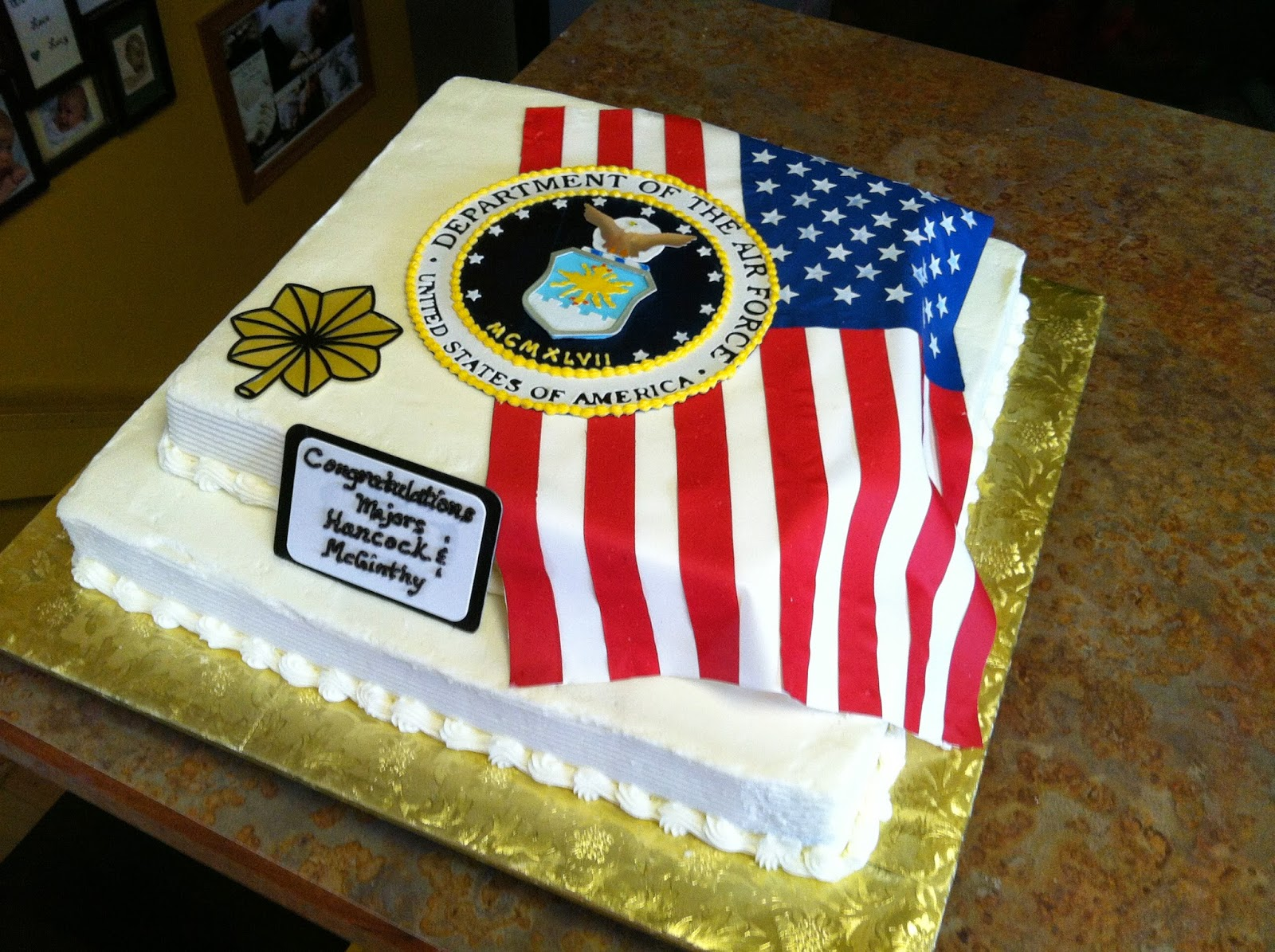 Cake concepts by cathy off we go into the wild blue yonder for Air force cakes decoration
