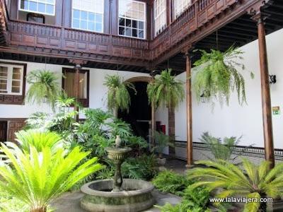 Patio Canario Casa Montanes, Laguna, Tenerife