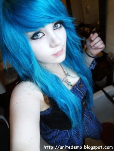cool hairstyles for curly hair : Cool Emo Girl Hairstyle 2011 - 2012 Emo Screamo