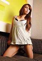 Foto Astrid Pratiwi di Majalah Popular