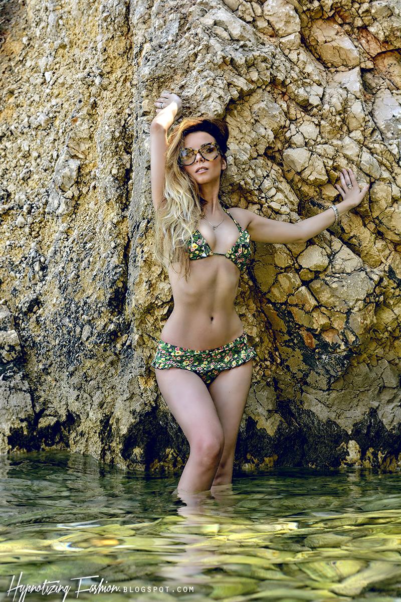 bikini guess