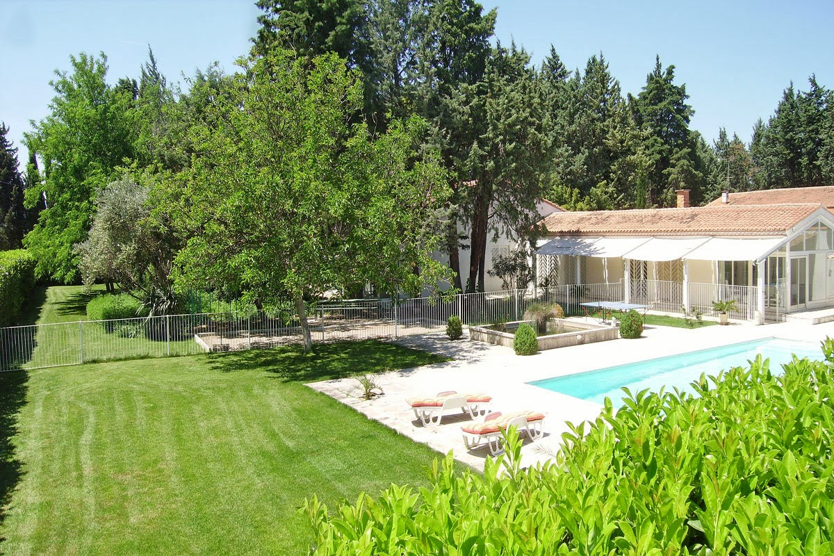Large Vacation Rental in the South of France