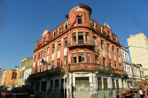 Hotel Escala na Rua do Triunfo