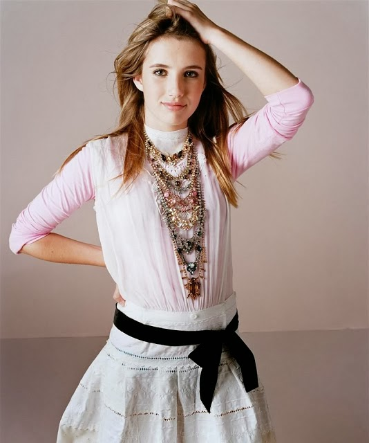 Emma Roberts Hot Photo