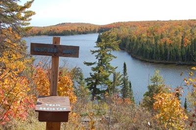Lake Agnes SHT hunters rock