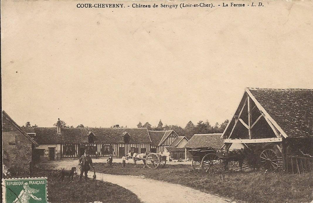 Château de Sérigny - La ferme - Cour-Cheverny