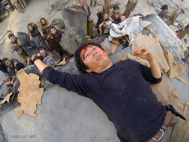 Glenn (Steven Yeun) herido en la prisión en The Walking Dead 4x10 Inmates