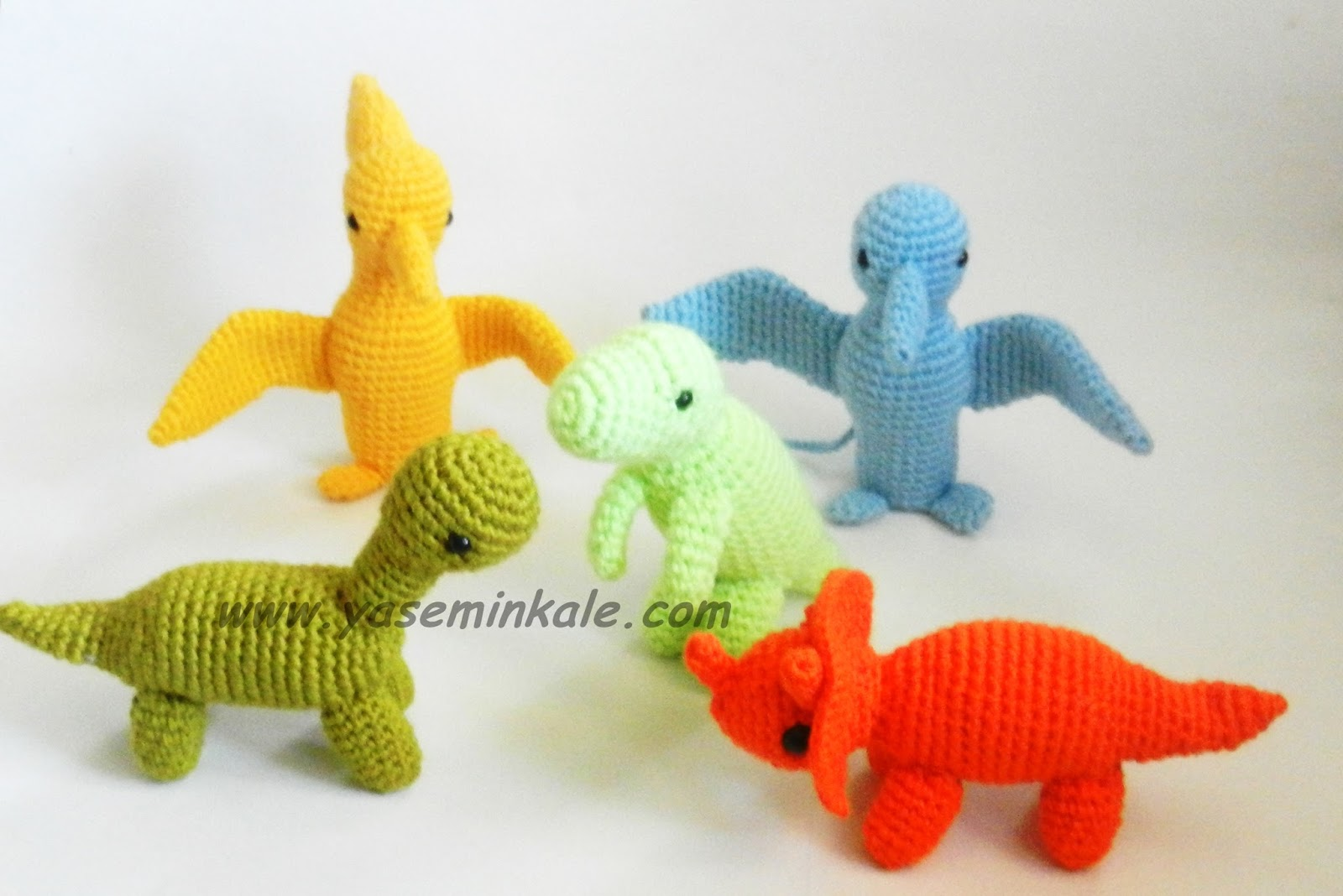 Yaseminkale: amigurumi dinazorlar:) amigurumi dinosaur